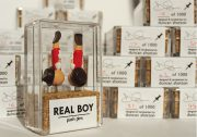 realboy_08_packaging_numbered